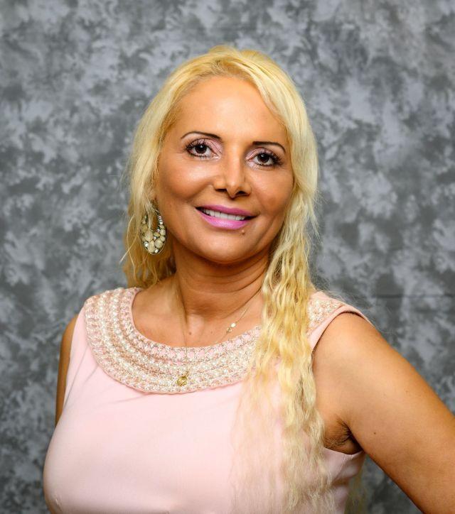 Dr. Melania Kesoglou