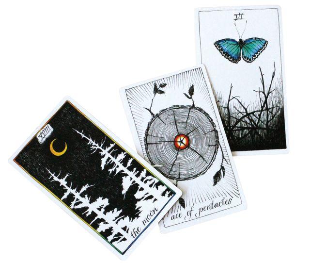 Pomo 0117 trophy case tarot cards ymooff