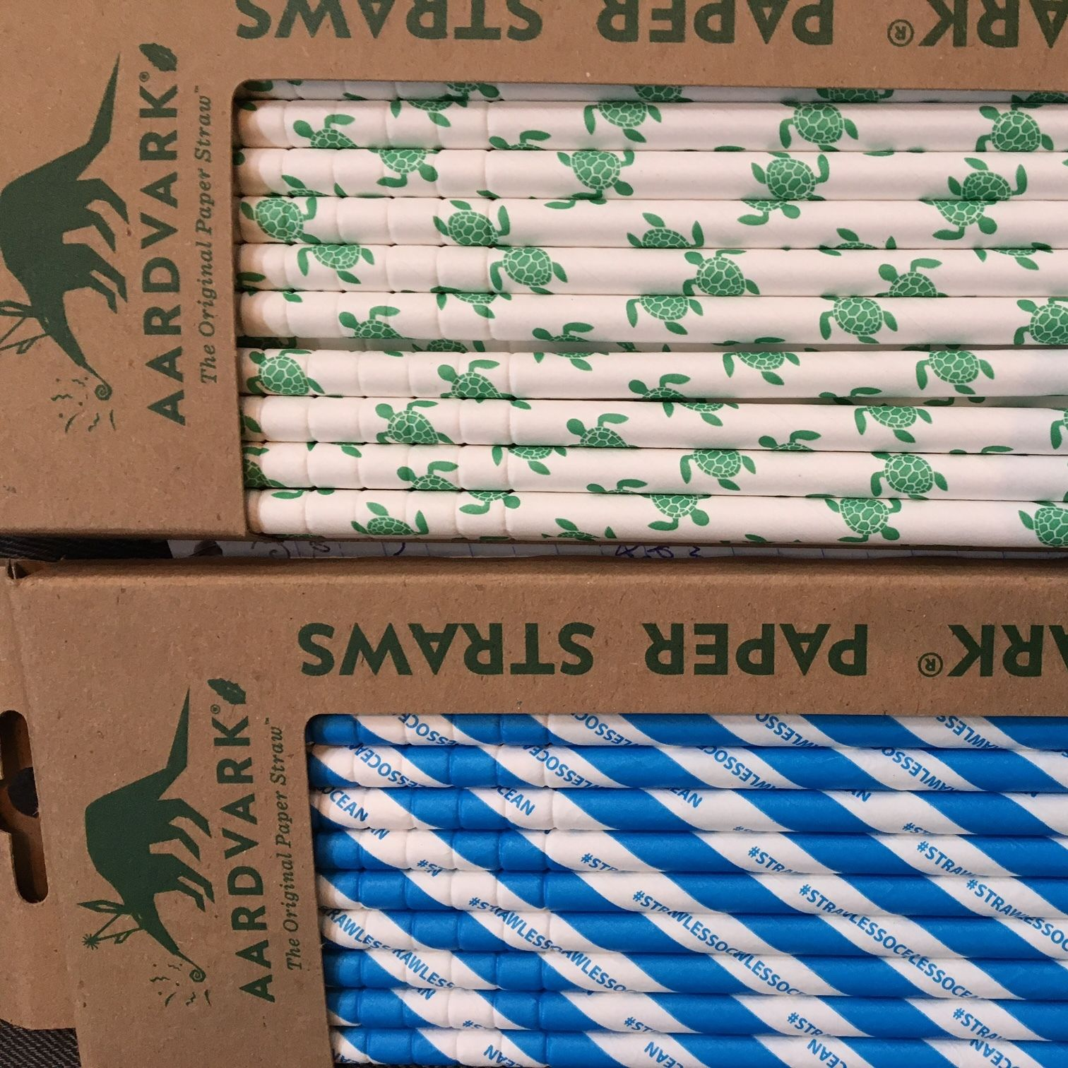 Paper straws lonely whale foundation 090817 lguui3