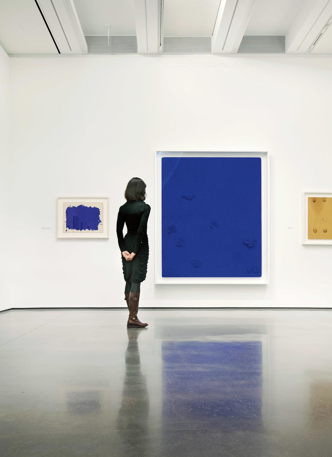1114 aspen art museum klein blue window ka1fsj