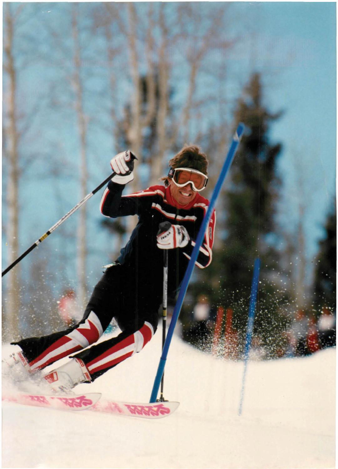 0213 political animal skiing yttxm9