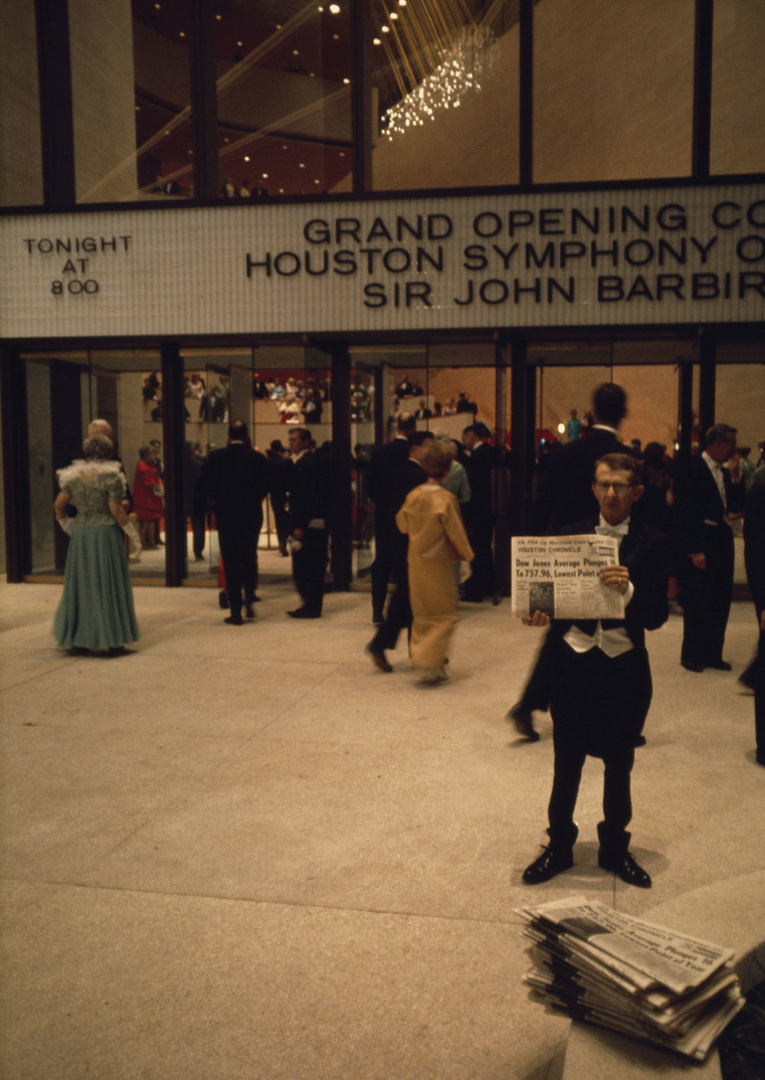 0715 history jones hall houston symphony opening night zwjnp3
