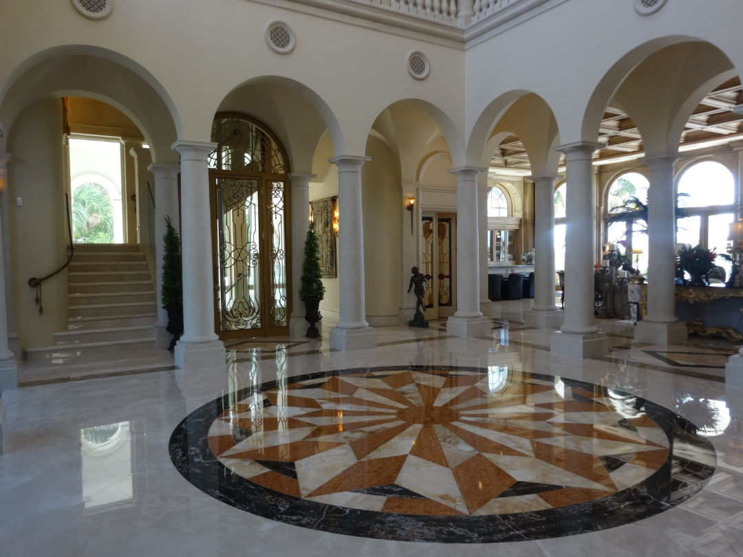 2. stunning features in the grand foyer with glass elevator gv4rqz