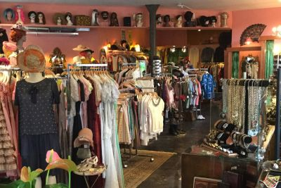 Magpie vintage new location on hawthorne 1 qksfsq