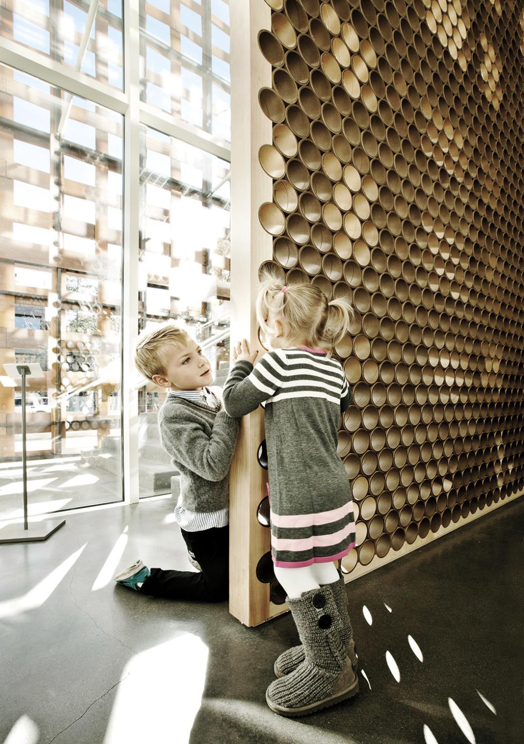 1114 aspen art museum children playing aiugei