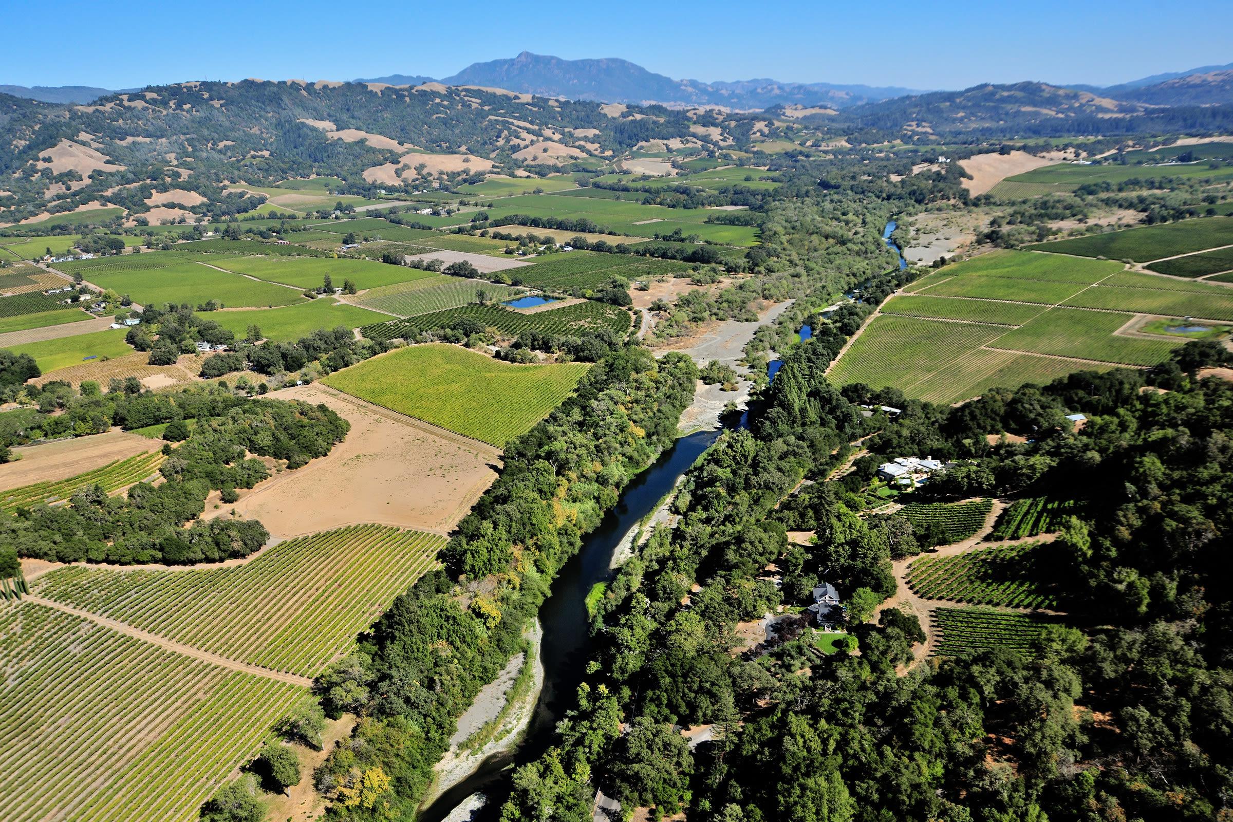 0518 travel santa rosa sonoma county aerial yzpoo0