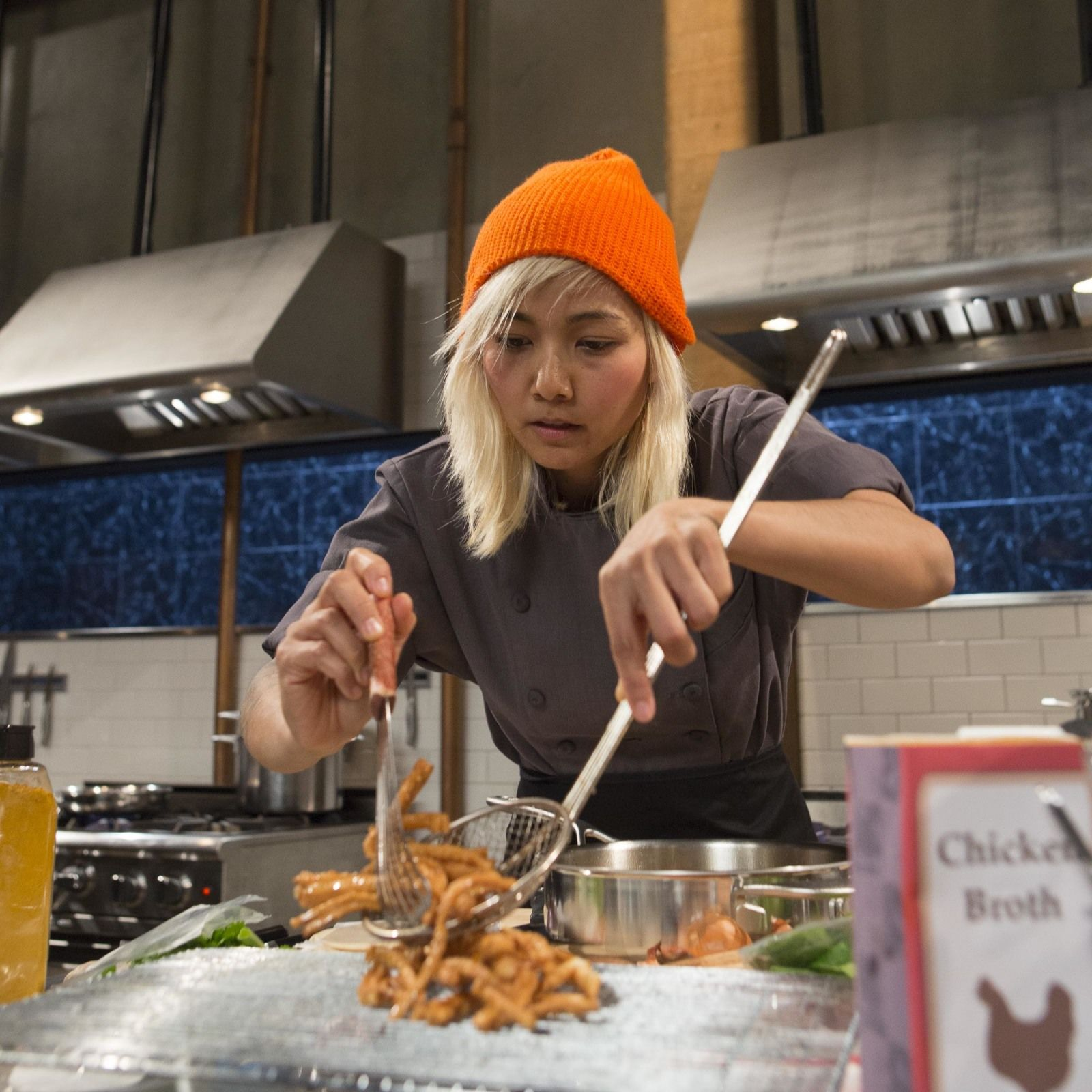 Contestant narumol poonsukwattana on food network s chopped cihpph