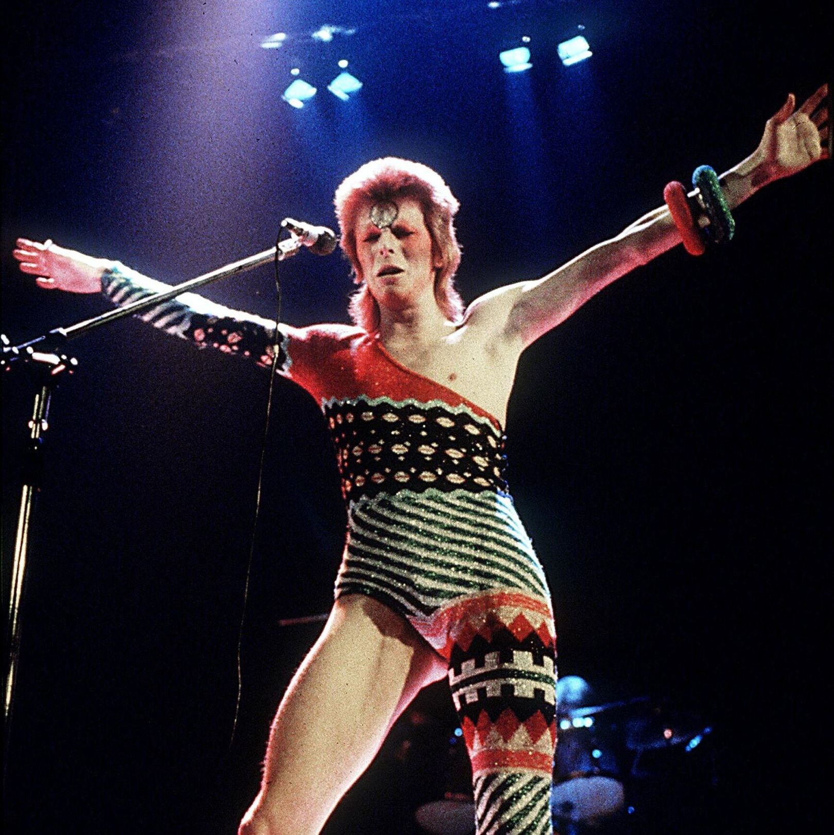 Bowie knit jumpsuit  courtesy vogue  lnpz1o