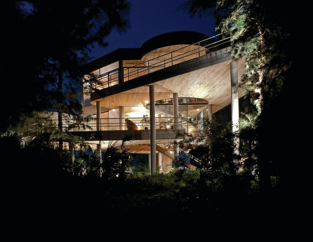 Casa del Cielo, which earned Abbott a Test of Time architecture award.