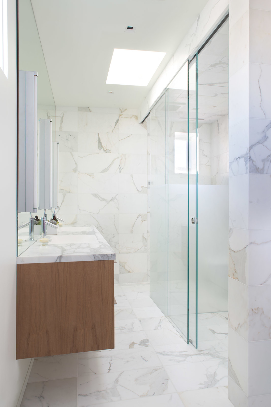 0215 redesign bathroom mb4xzr
