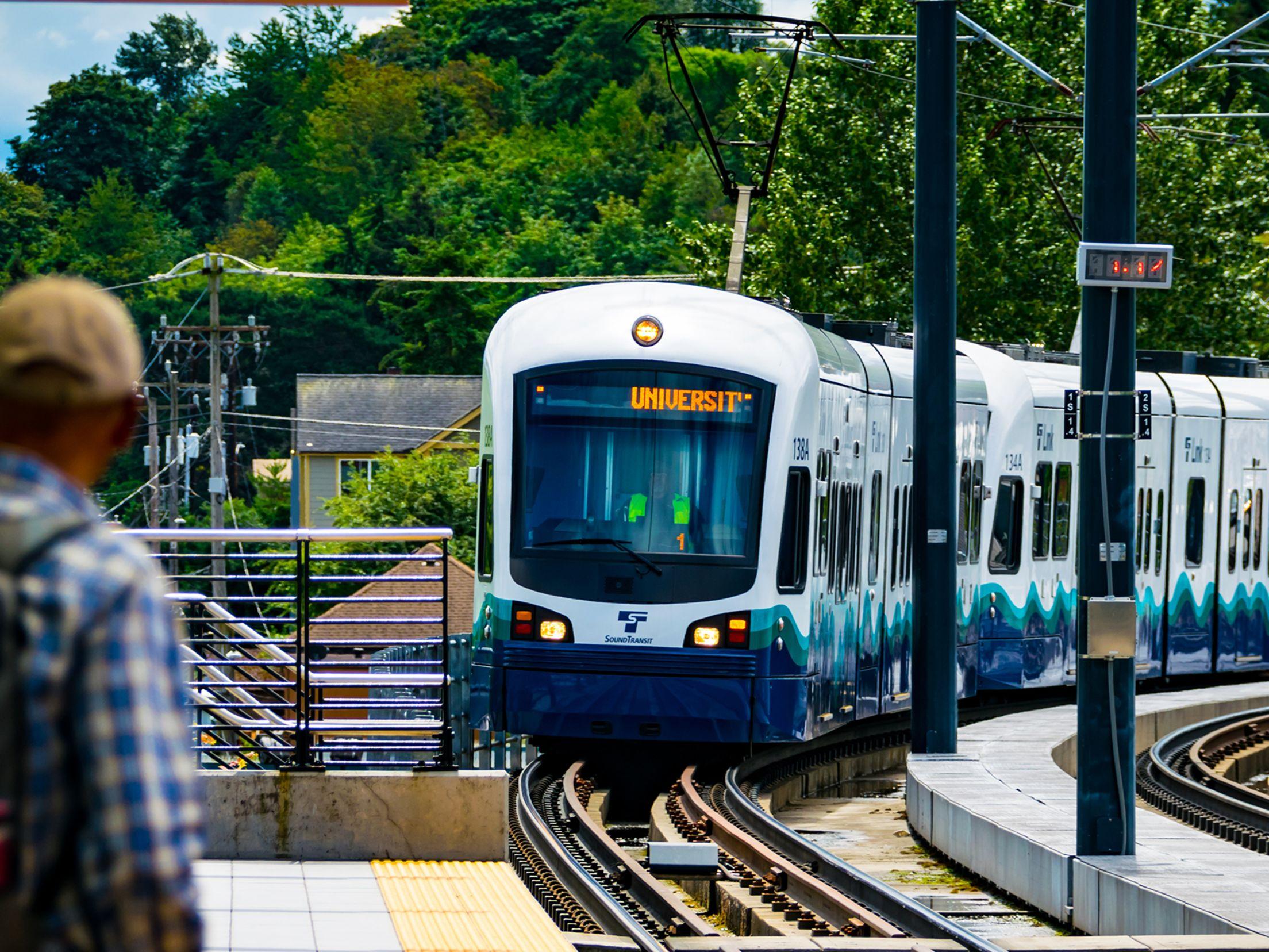 Sound transit light rail nkzbbg