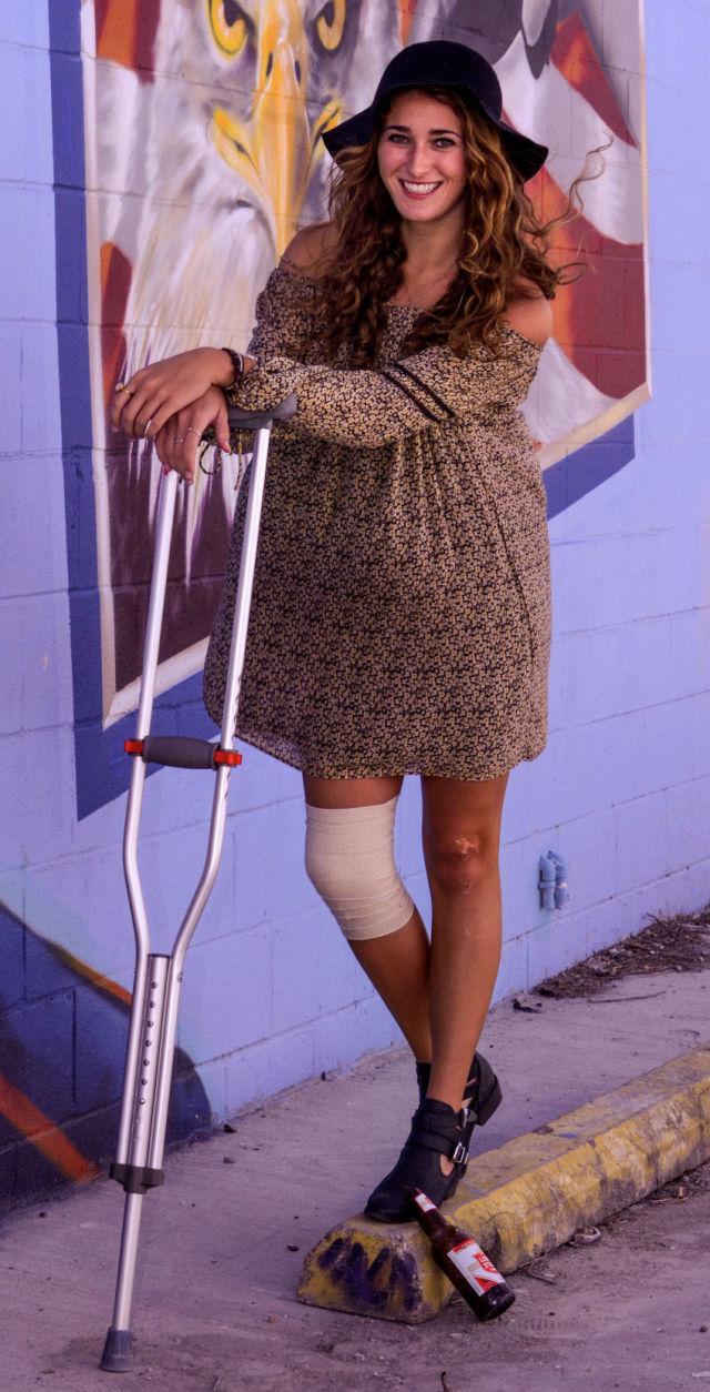 Crutchlook fakisj