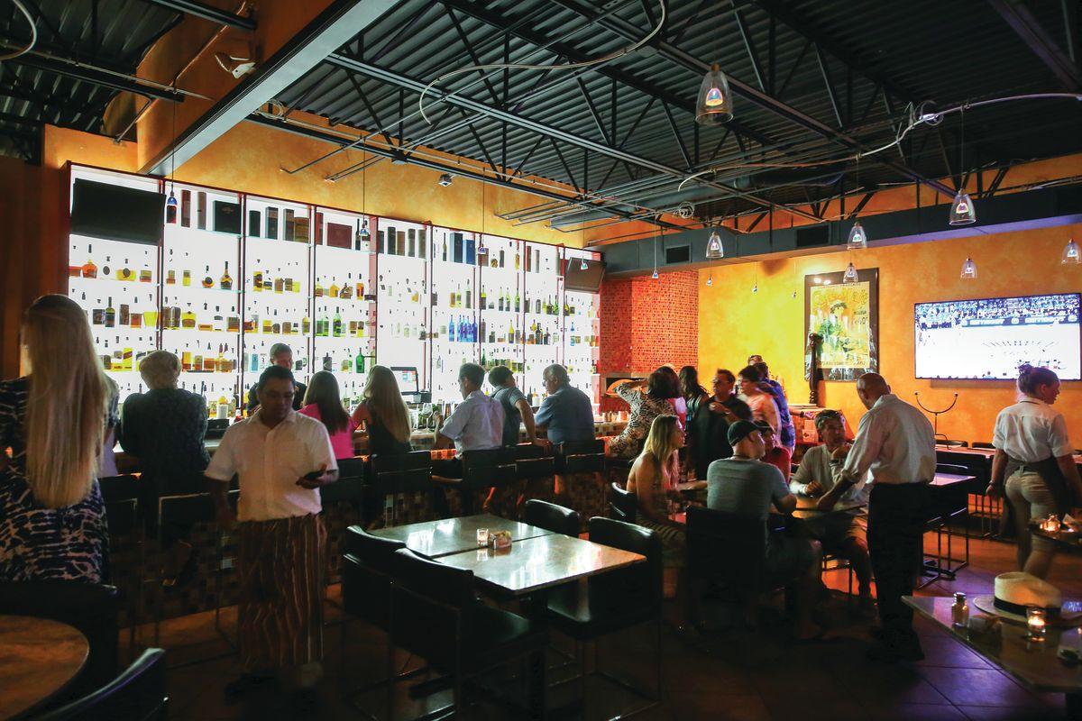 Downtown Sarasota S Best Bars Sarasota Magazine