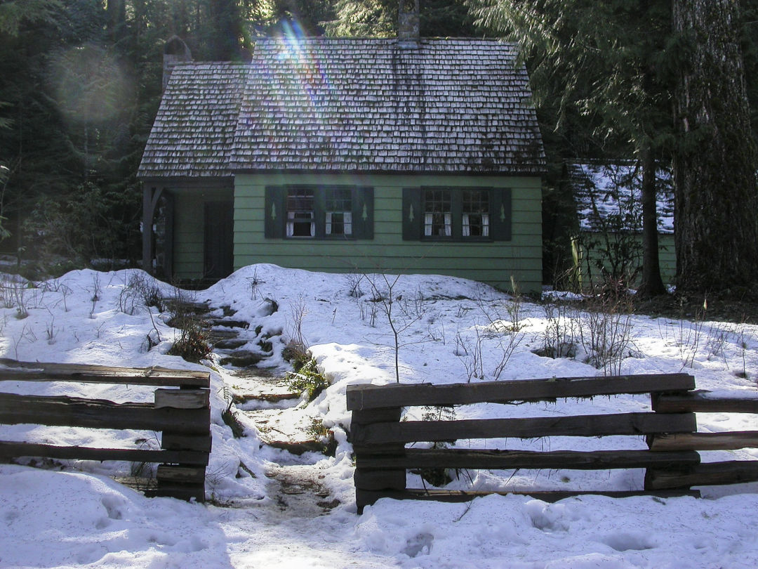 Pro Tip Summer Is The Right Time To Reserve Your Winter Cabin