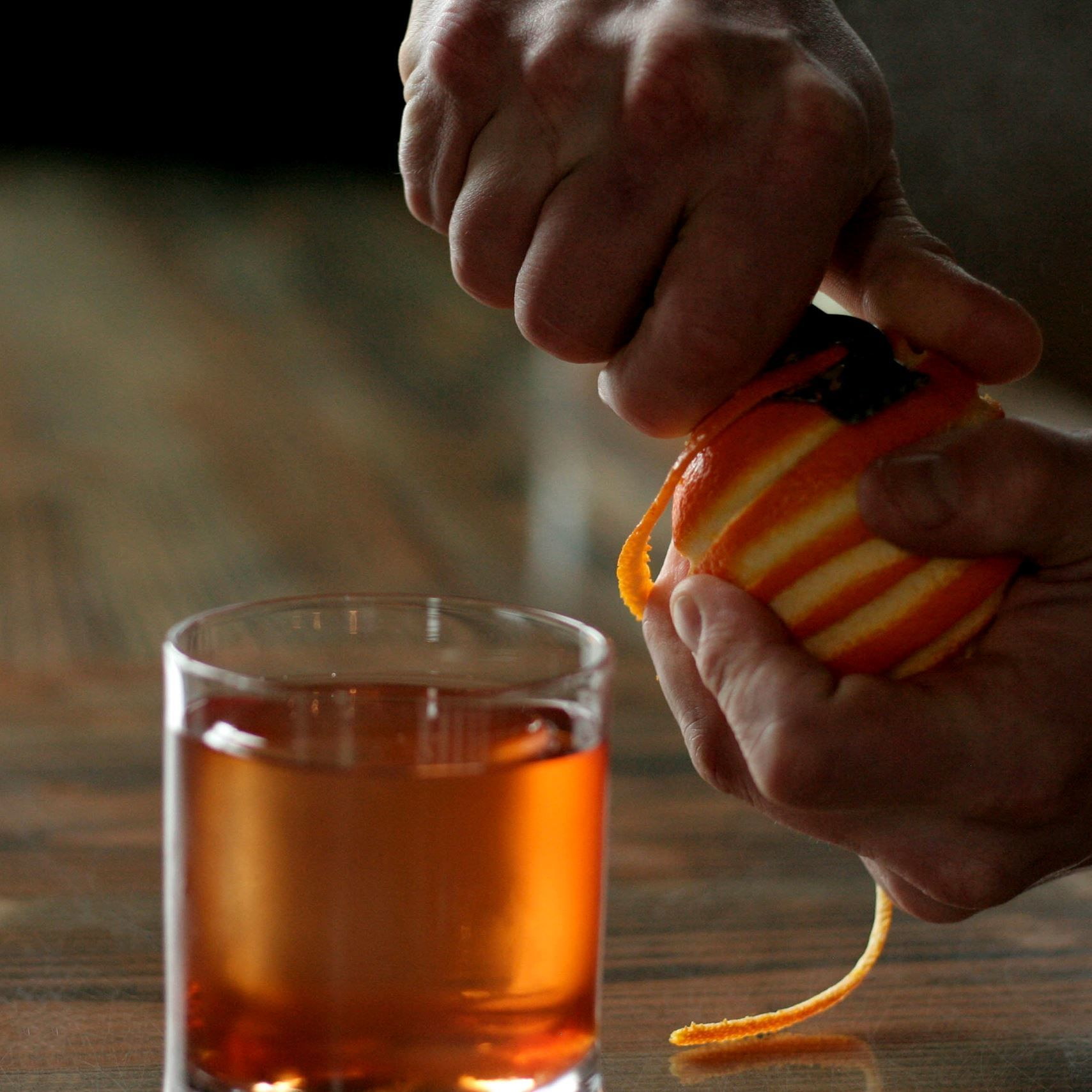 Old fashioned cocktail joli 3 eycimd