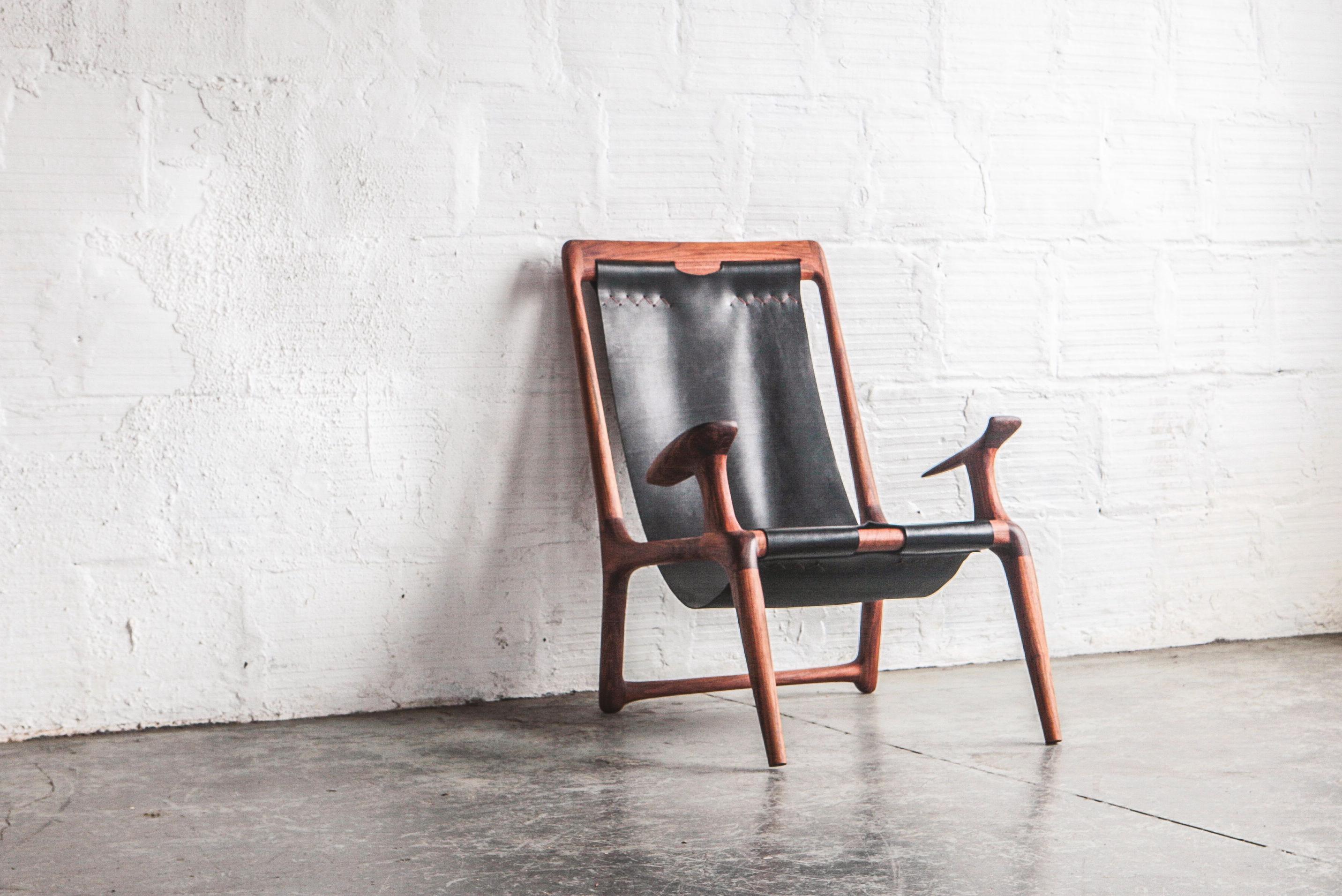 0418 show tell fernweh sling chair krzagy