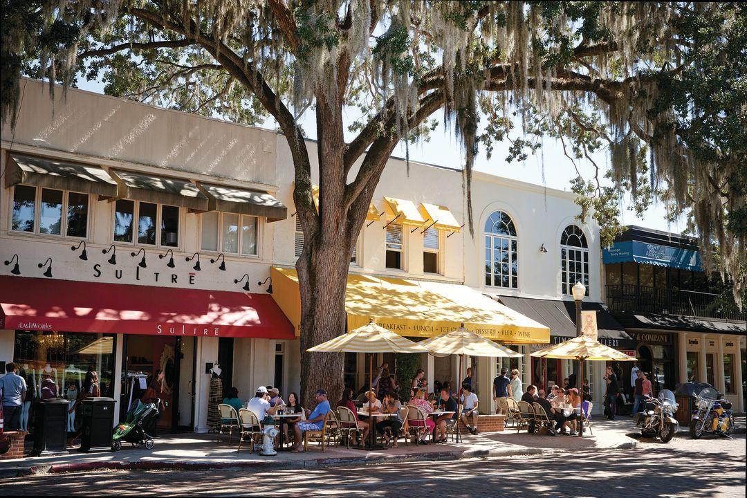 Winter Park Offers Small Town Charm And History With Grown
