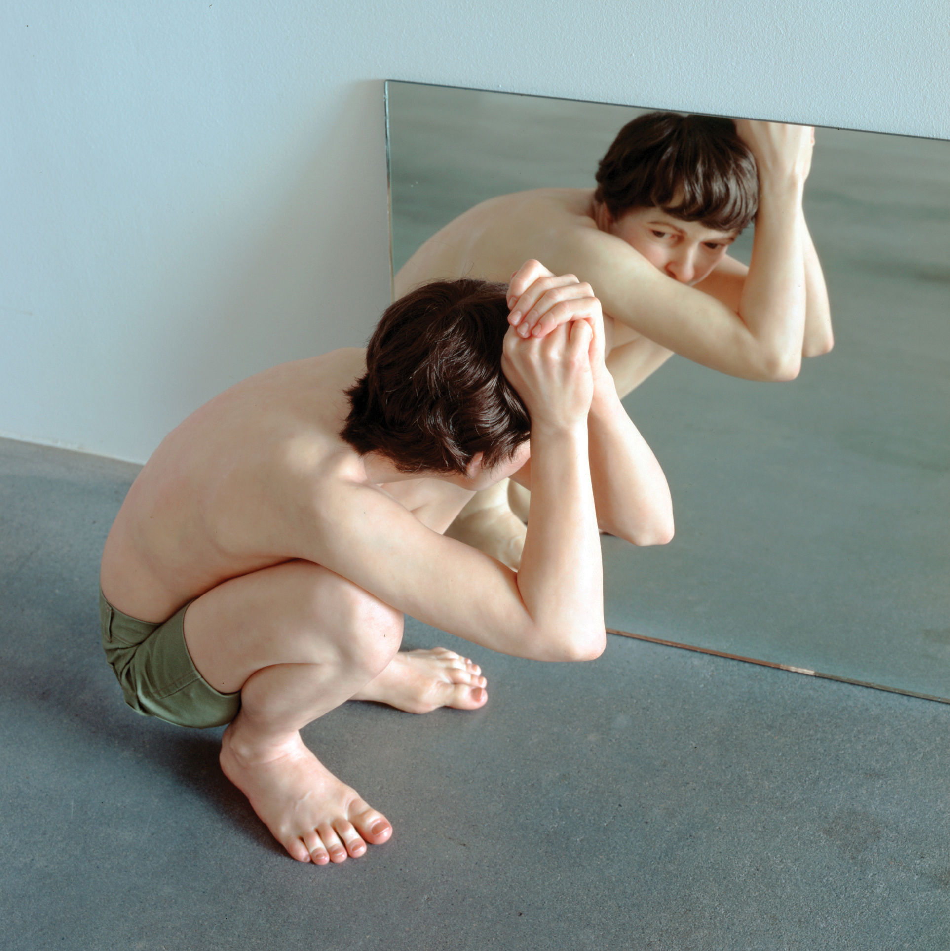 0417 on the town crouching boy in mirror sculpture ron mueck mfah snpay8