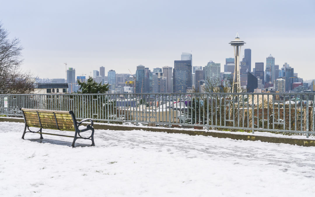 Kerry Park view of Seattle in snow