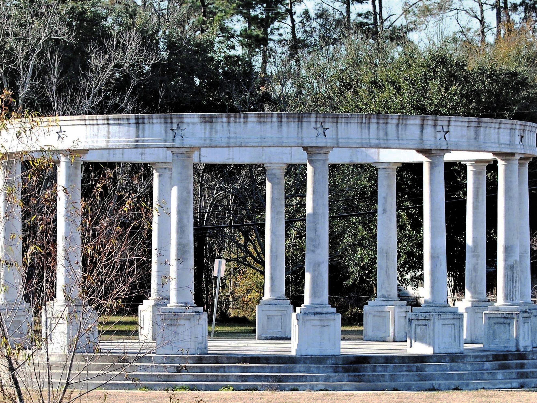 Gwendolynkanpp monument byacgj