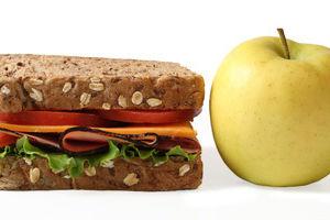 Lunch sandwich apple uy8n6e