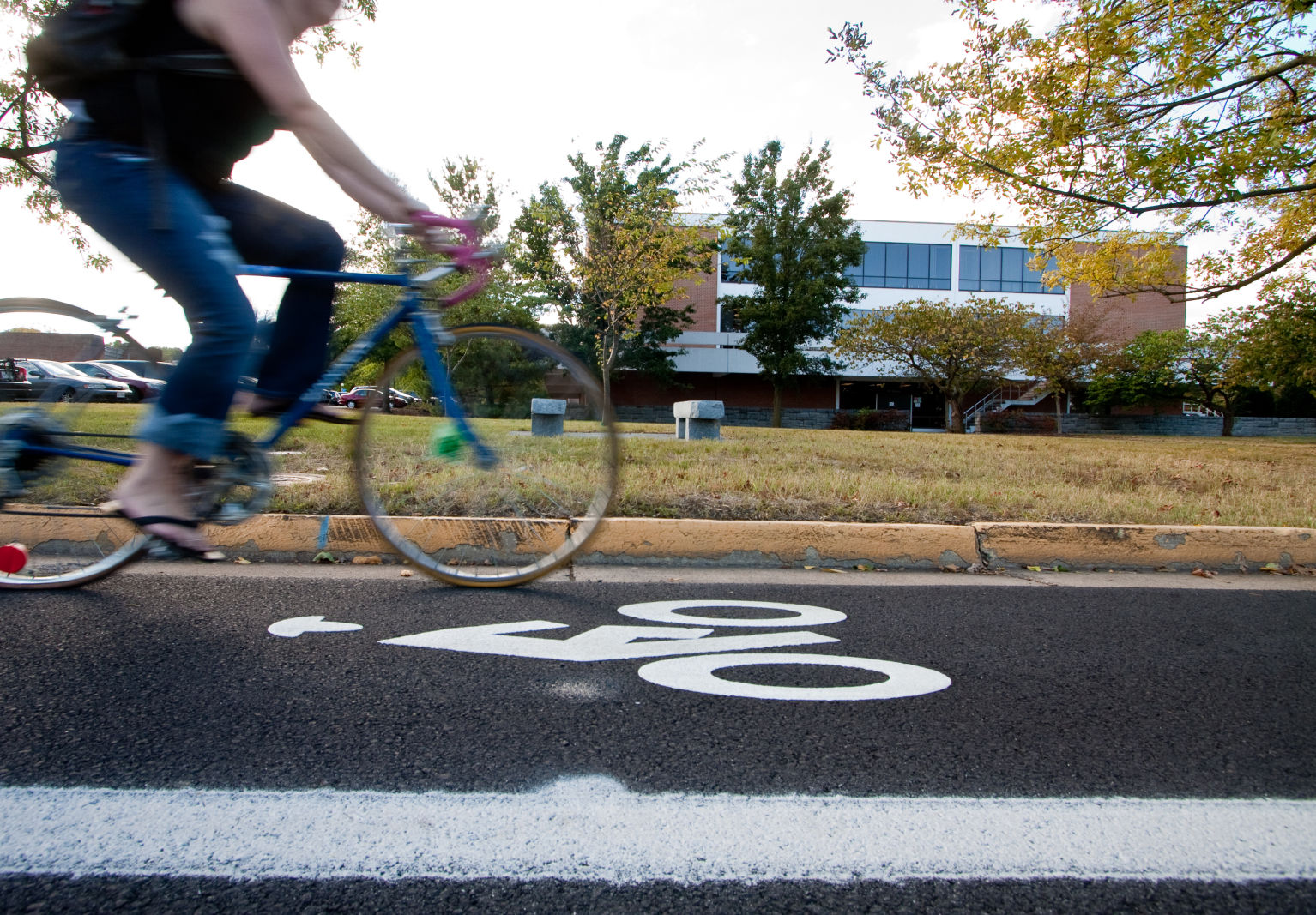 Bicycle lane on eastern mennonite university campus sccs23