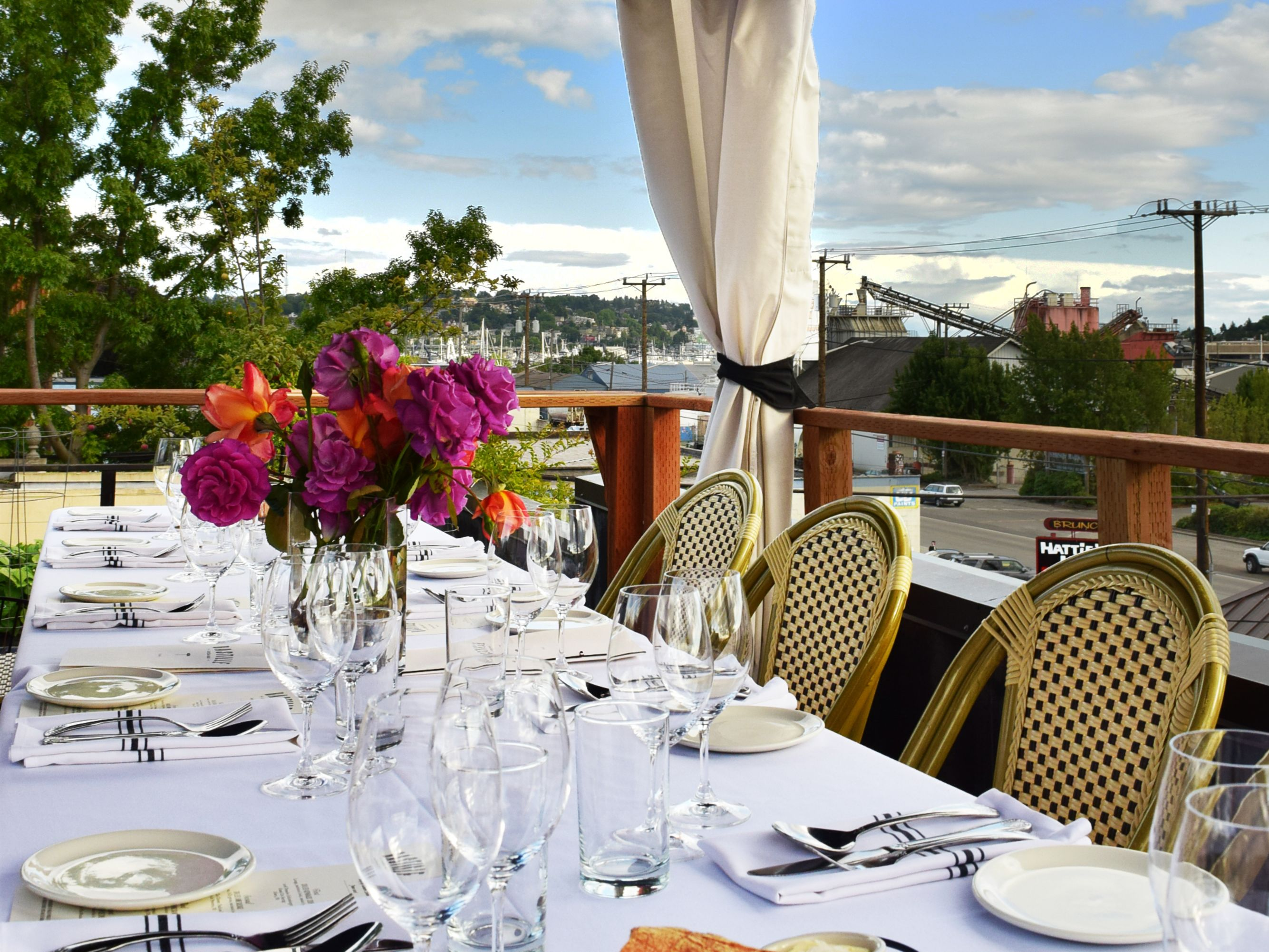 Rooftop dinner 2016 9 d45yv4