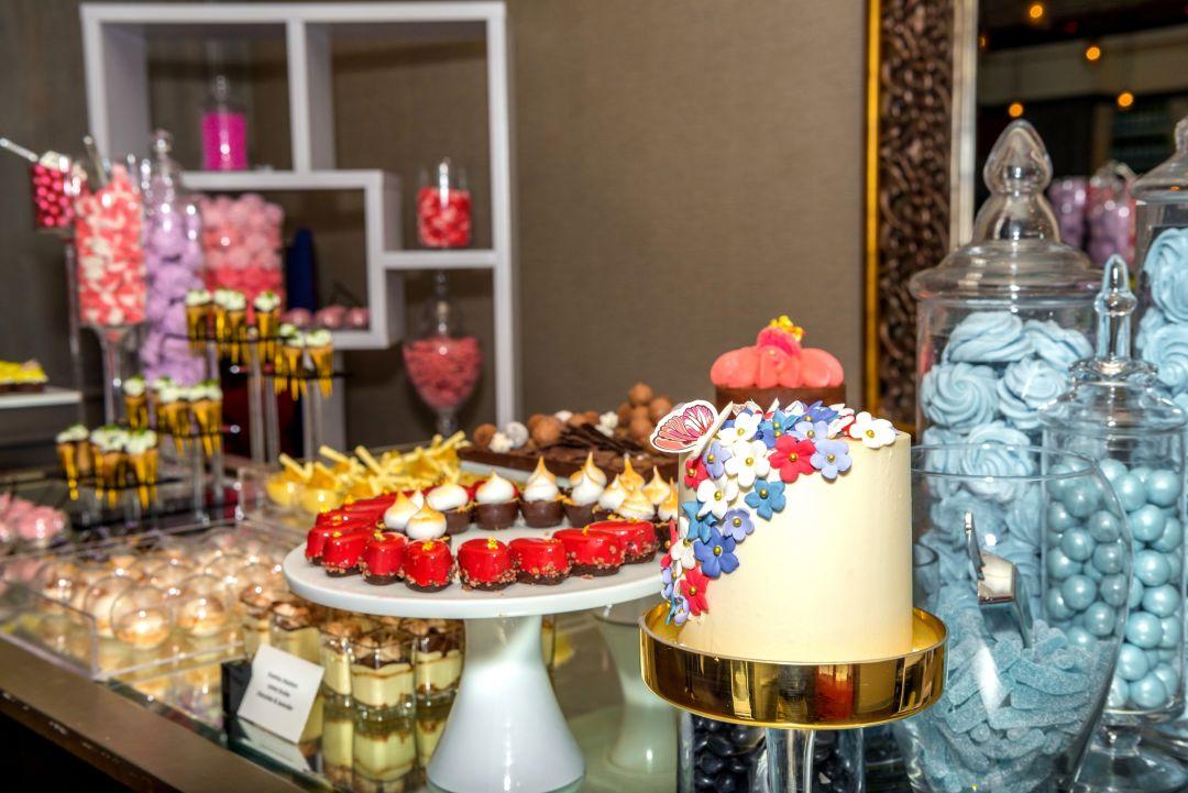 St. regis aspen   dean street social brunch desserts 1  studio eminence kvb0bj