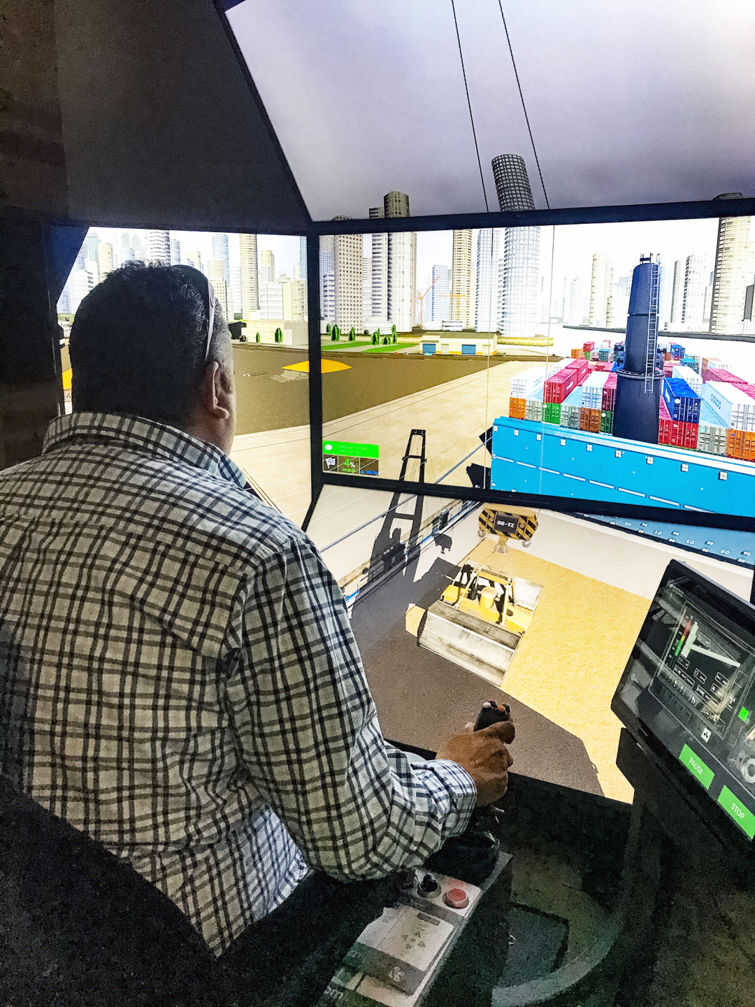 Career fair participants will be able to experience a heavy equipment simulator that demonstrates what it feels like to operate a broad spectrum of machinery.