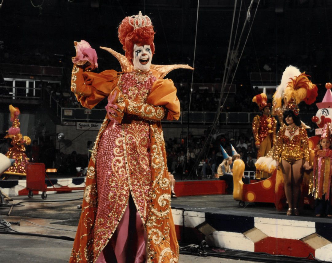 Peggy Williams during a show