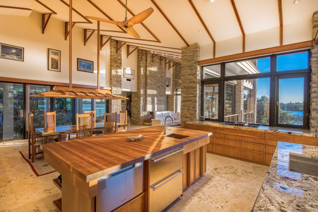 Nautlius homes shifting shores kitchen grand aurora  vdylh7