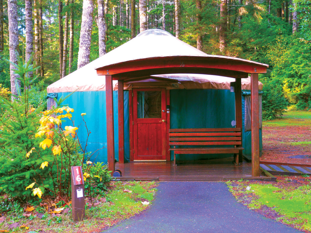Yurt at Umpqua Lighthouse State Park