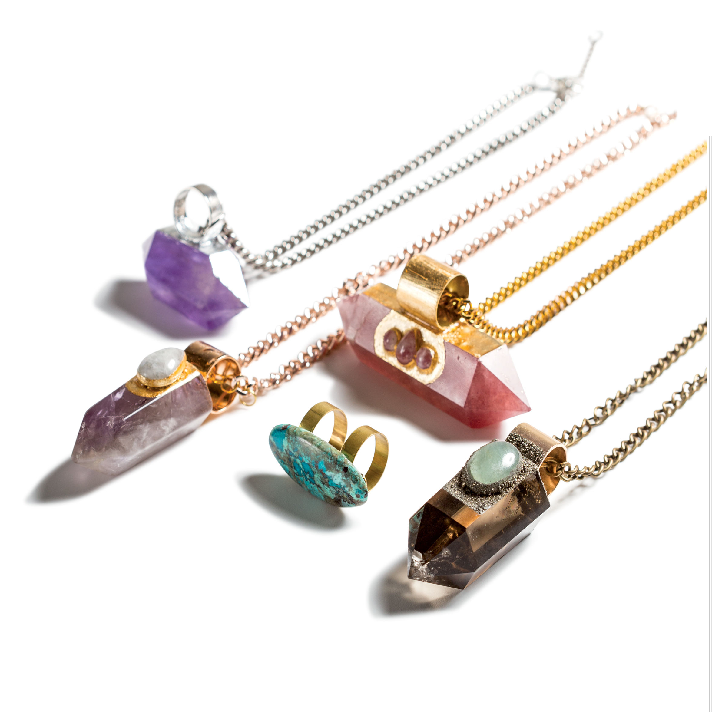 0717 trophy case jewelry so6vde