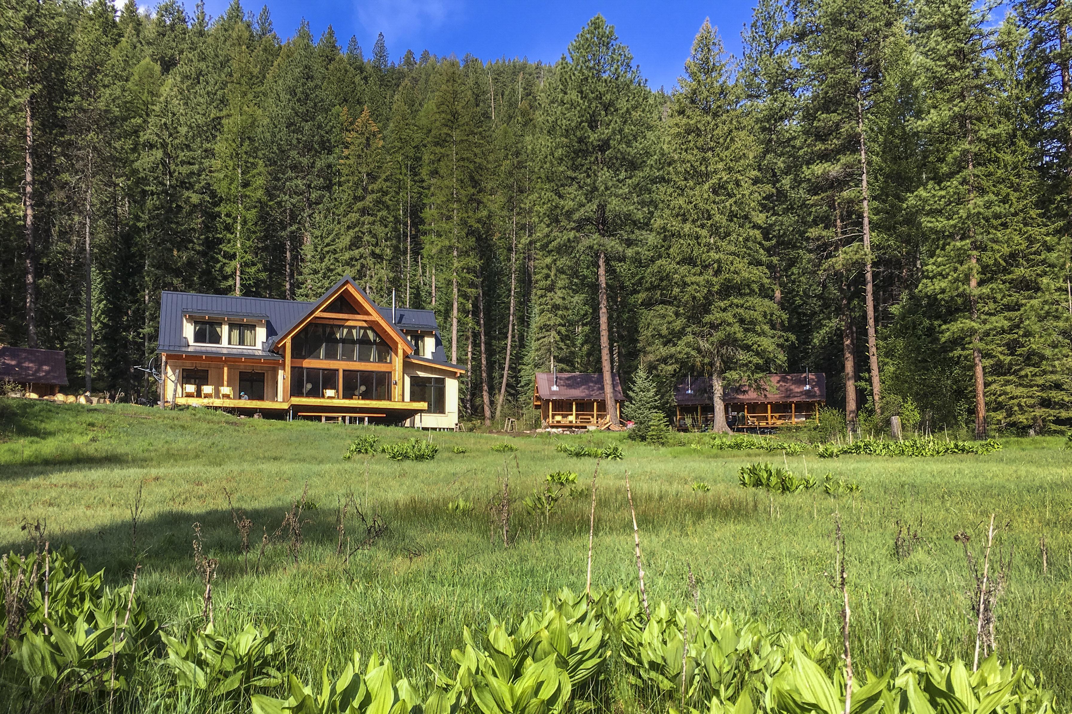 Lodge and cabins evan schnider fx8ibz