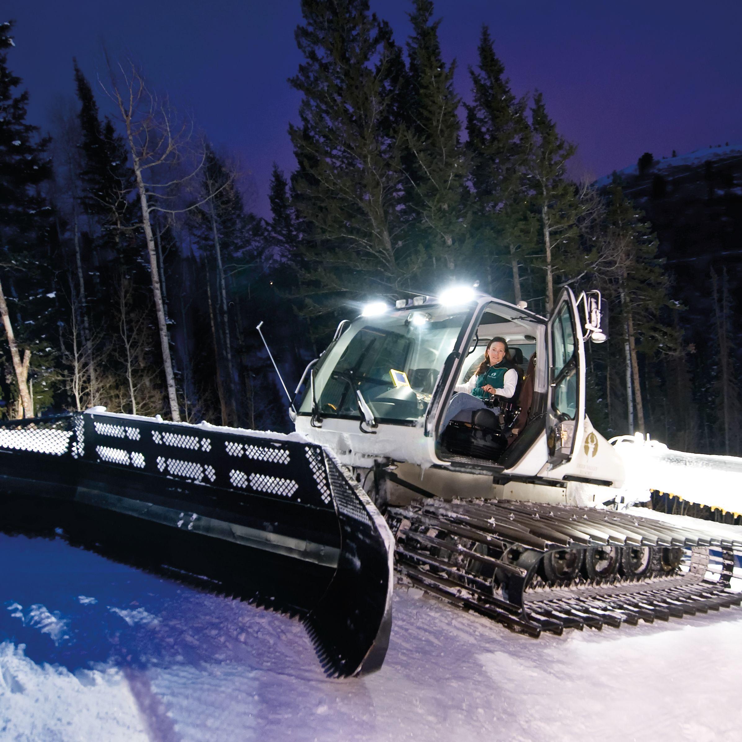 Pcwi 14 laura sexton ski groomer pt5tj5