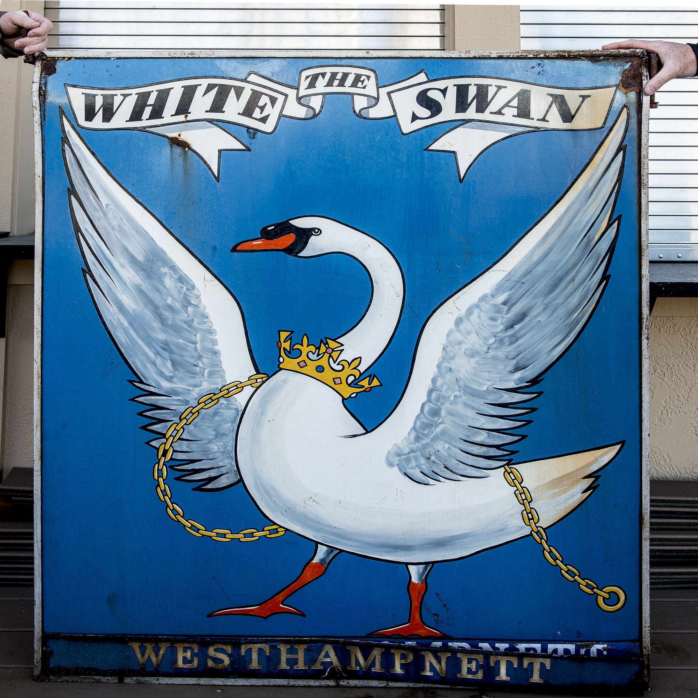 The white swan public house ufjlhj