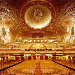 Paramount seats sqxqul