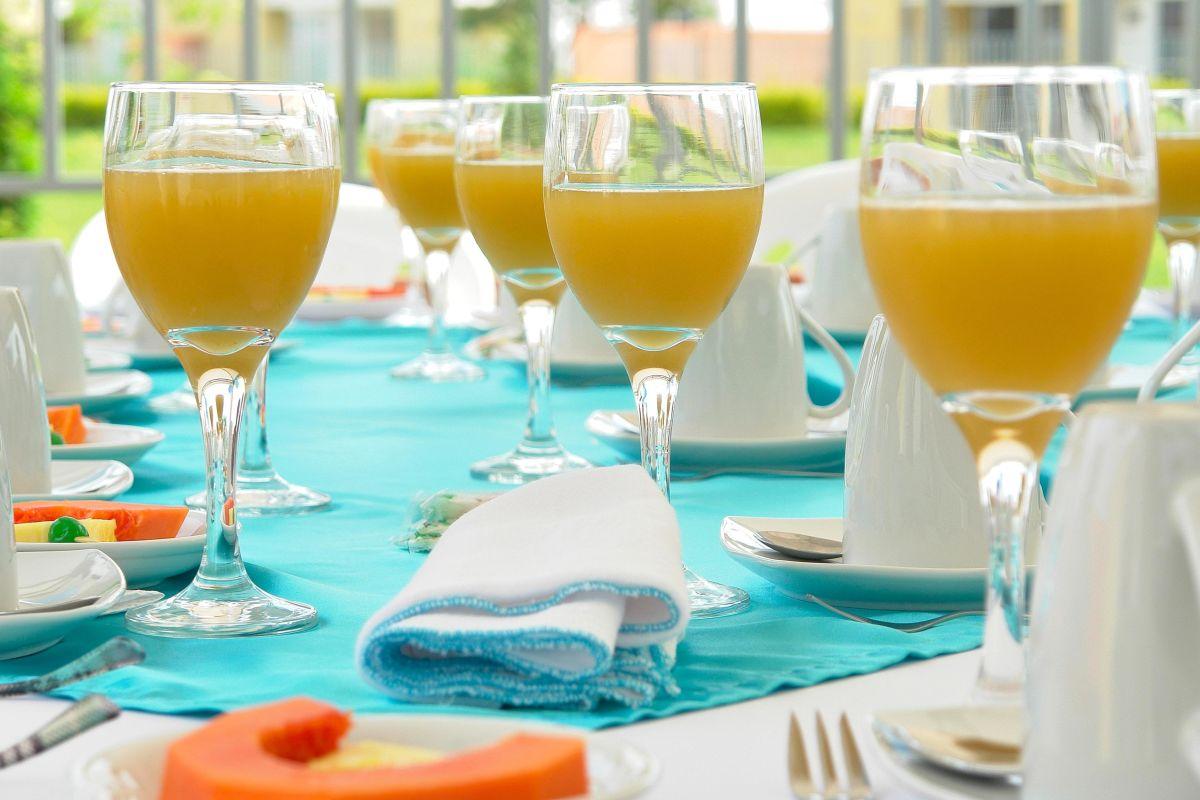 5 Brunch Spots for Bottomless Mimosas   Seattle Met