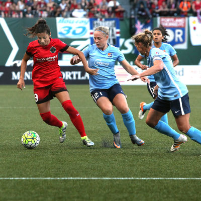 Nadia nadim vs. sky blue  7.02.2016 by jan landis  5444 pyi2r1