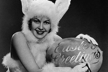 Easter bunny lady1 vjfu5l