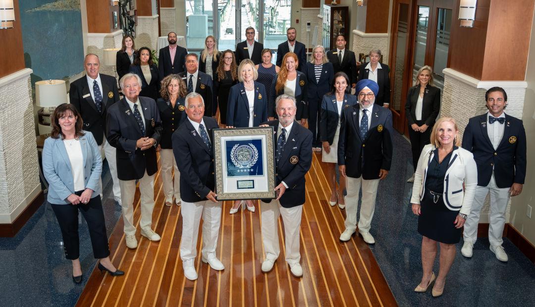 Sarasota Yacht Club staff pose with their Club Leaders Forum award.