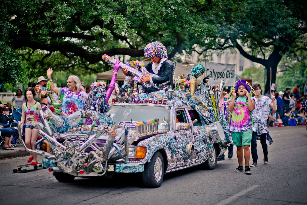Electric ladyland   reagan high school art car club and rebecca bass   2015   photo by morris malakoff ripfej