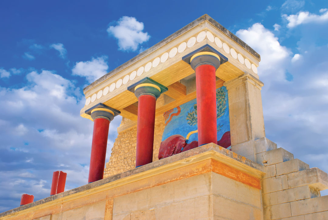 0417 crete travel feature minoan palace knossos q9m2ti