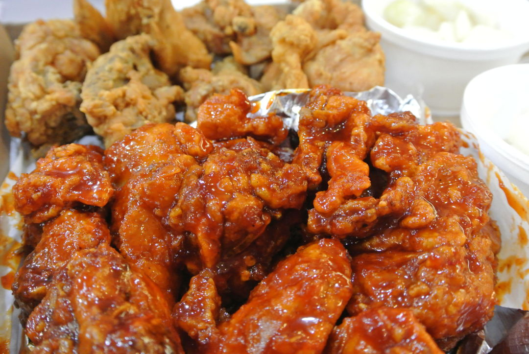 Turn Your Fried Chicken Up To 11 At The Toreore Houstonia