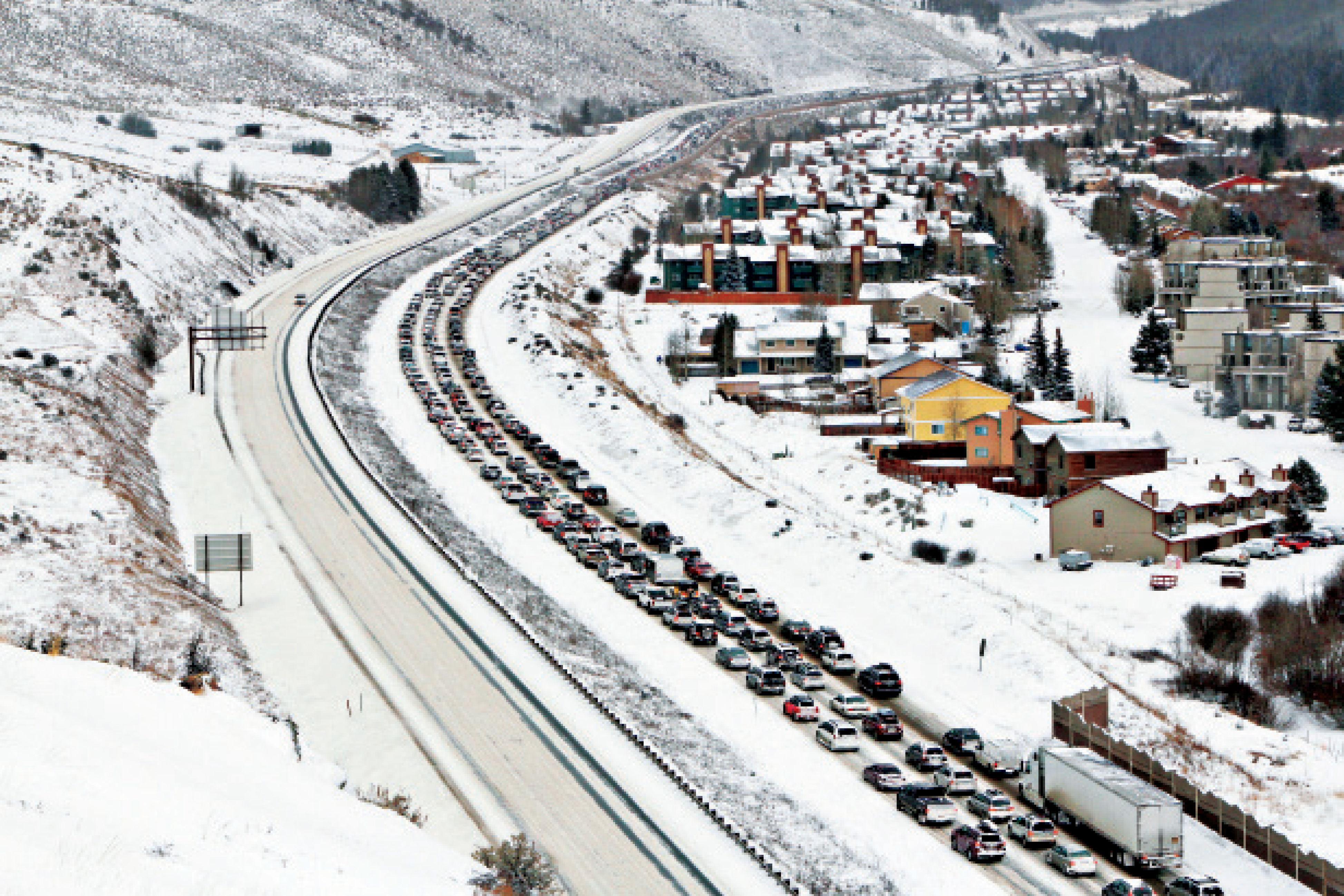 Cosu winter 2015 traffic jam photo pgonxi