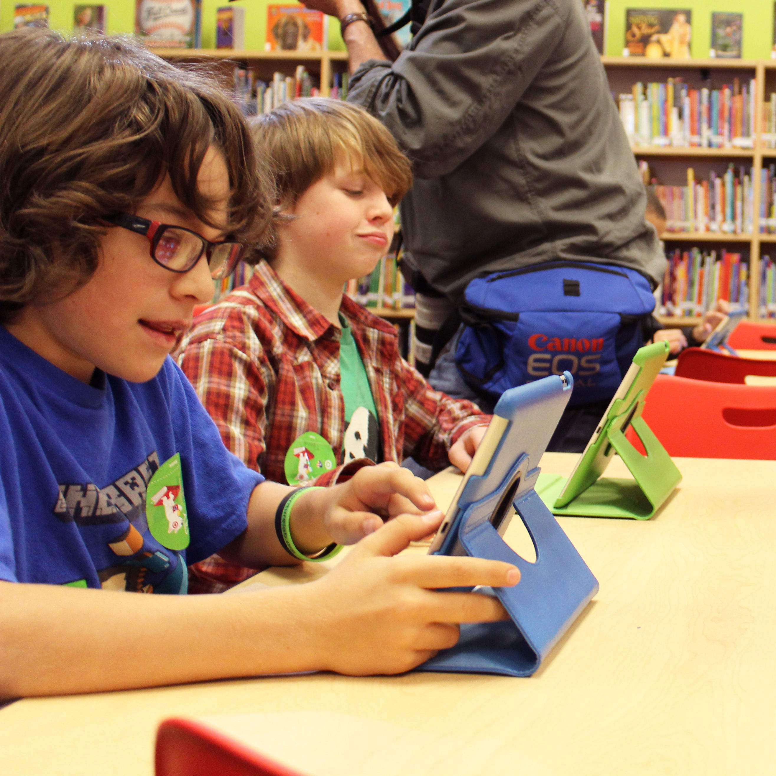 Hawthorne elementary school ribbon cutting new library school students ipads ltiadr