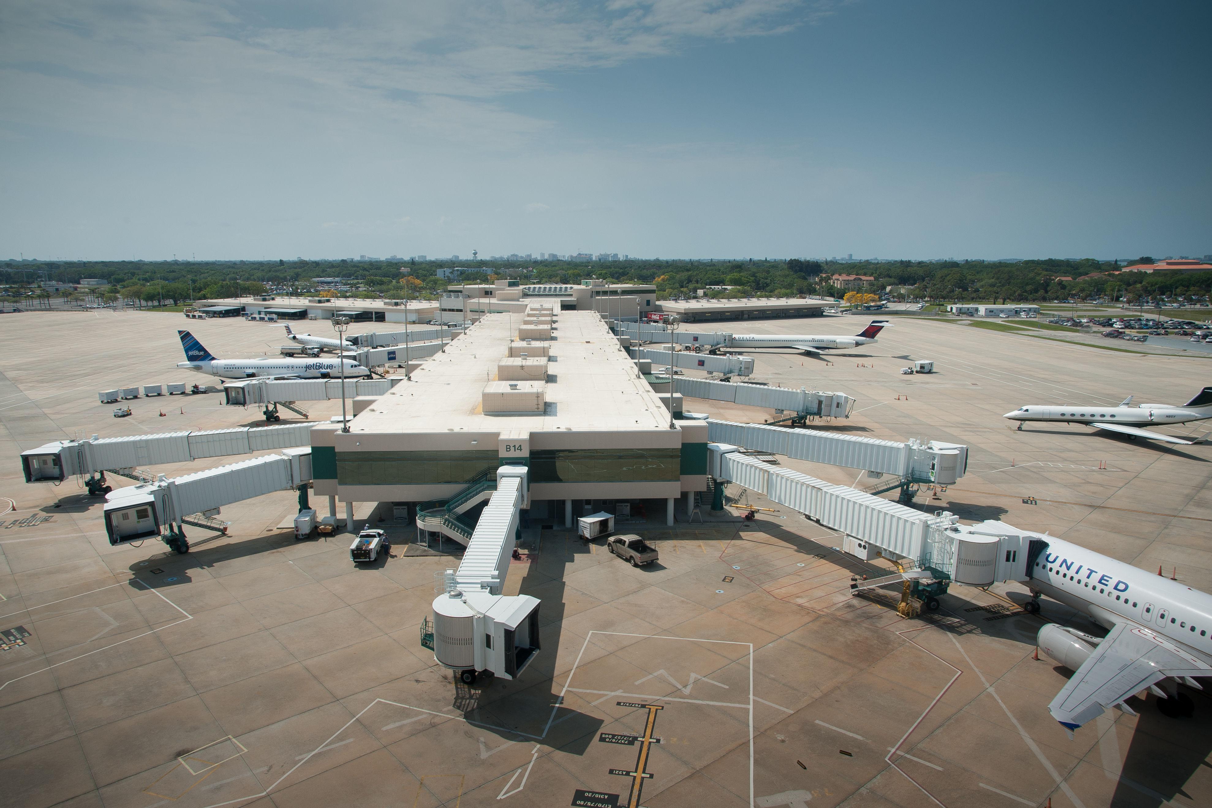 Sarasota bradenton international airport am8fcb