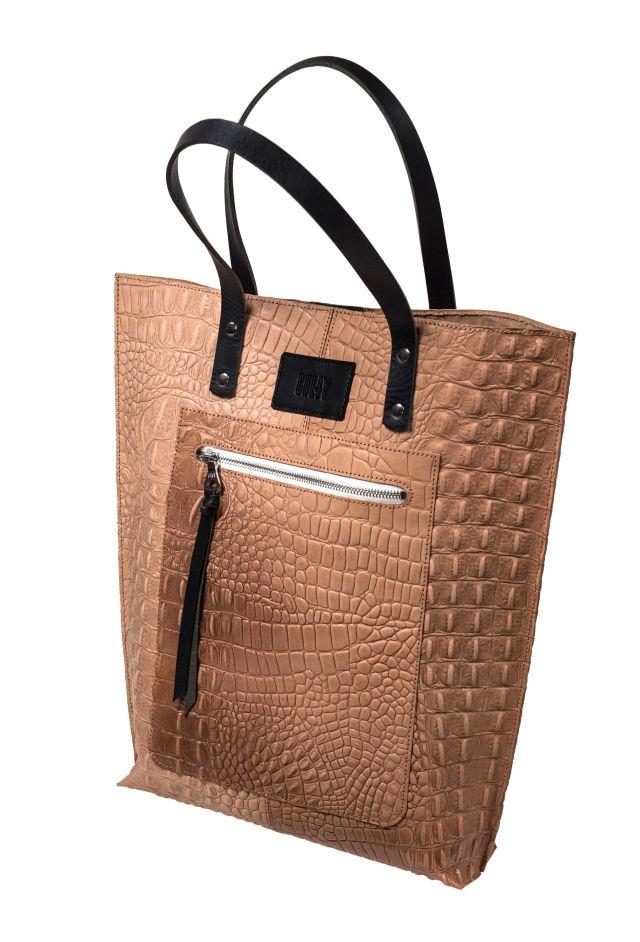 Pomo 0617 trophy case purse usnzau