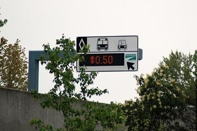 Hot lane signage washington state department of transportation 400px k8bhii