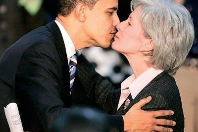 Obama and sebelius2 eavbok